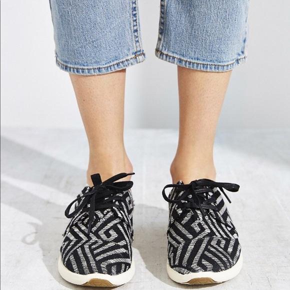 2xhptoms Womens Del Rey Canvas Sneakers